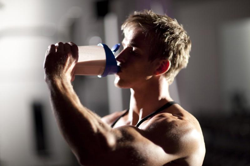 Uống whey protein như thế nào sau buổi tập
