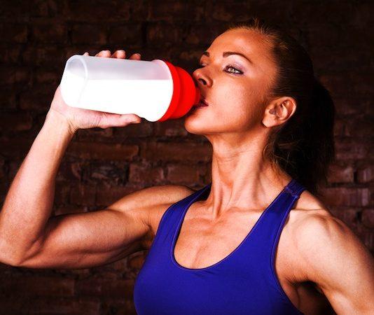 Whey protein Isolate giá bao nhiêu