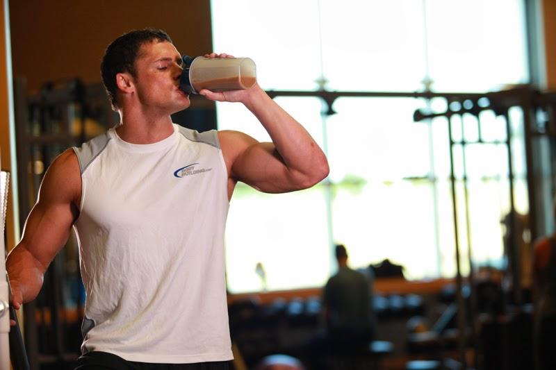 Giải đáp whey protein là gì