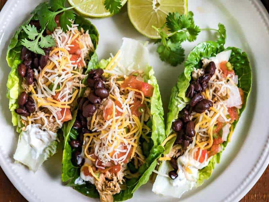 low-carb-shredded-chicken-tacos-thumb-15611169275981531473538