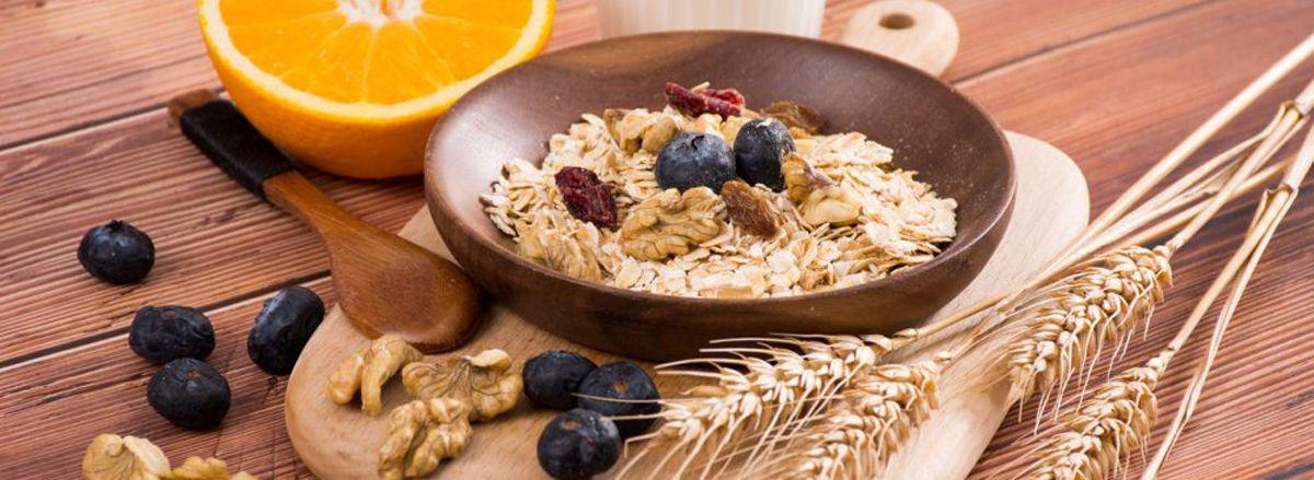 Lợi ích của ăn yến mạch là gì? Có nên ăn yến mạch thay cơm? Mời các bạn tìm câu trả lời qua bài viết dưới đây của Thể Hình Chanel nhé!