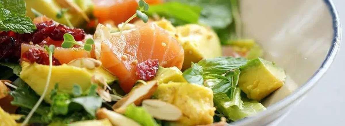 Tham khảo ngay cách ăn bơ giảm cân không lo bị tăng cân dưới để đa dạng thực đơn ăn kiêng của mình qua bài viết dưới đây của Thể Hình Chanel nhé!